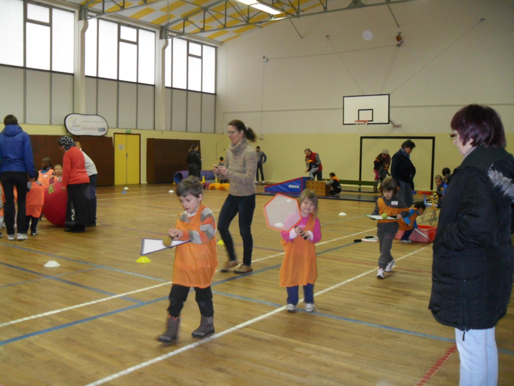 Rencontre sportive ecole maternelle